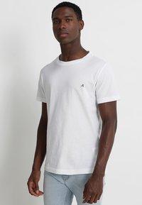 Replay - 2 PACK - Basic T-shirt - white - 1