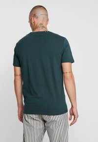 Replay - T-shirt con stampa - dark green - 2