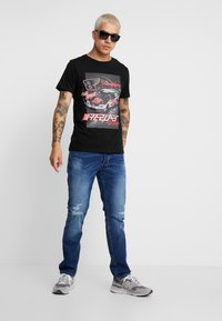 Replay - T-shirts med print - black - 1
