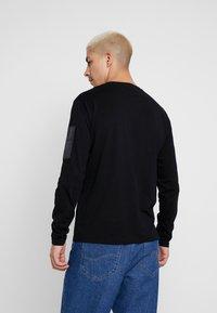 Replay - T-shirt à manches longues - black - 2