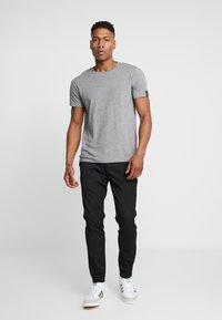 Replay - T-shirt basic - grey melange - 1
