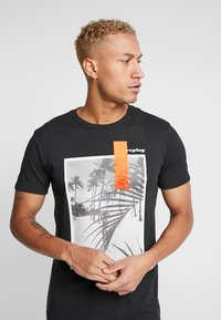 Replay - Print T-shirt - black - 3