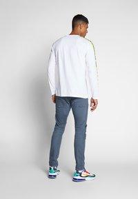 Replay - Maglietta a manica lunga - white/neon yellow - 2