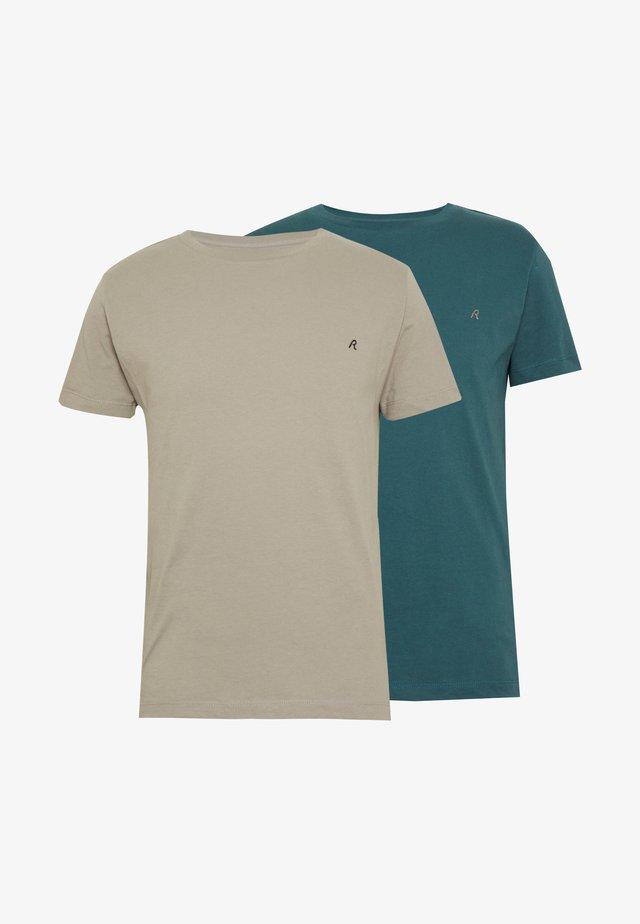 2 PACK - T-shirt basic - sand /green