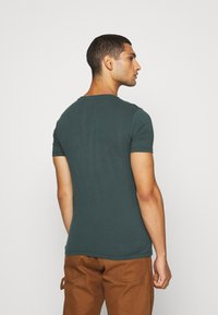 Replay - T-shirt print - bottle green - 2