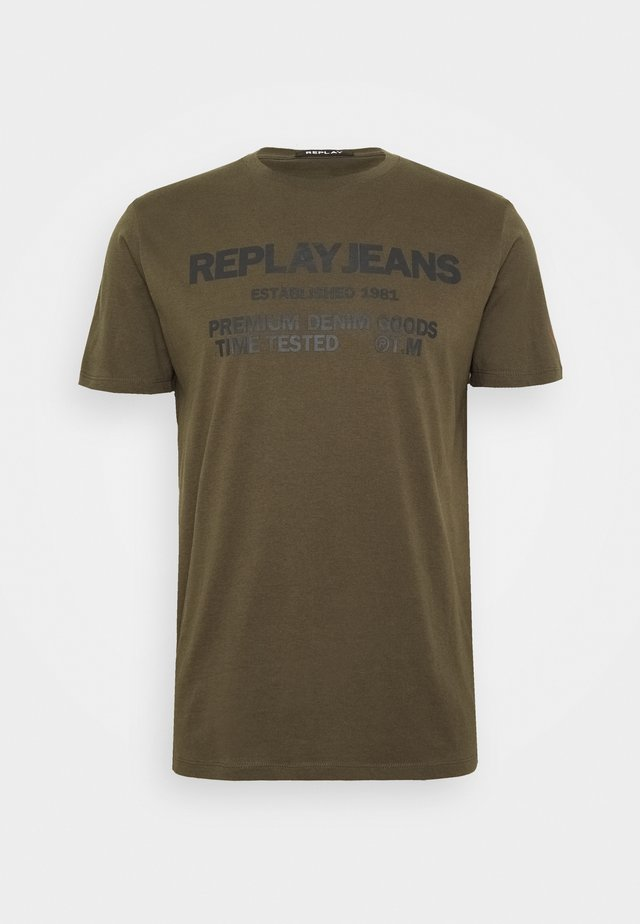 T-shirt med print - military