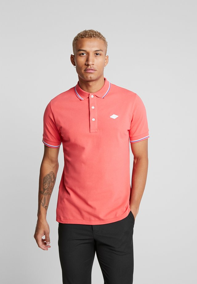 Polo shirt - radish red