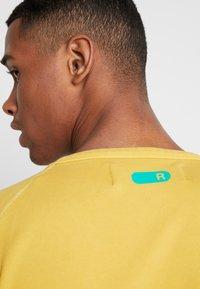 Replay - Sweatshirt - vintage yellow - 3