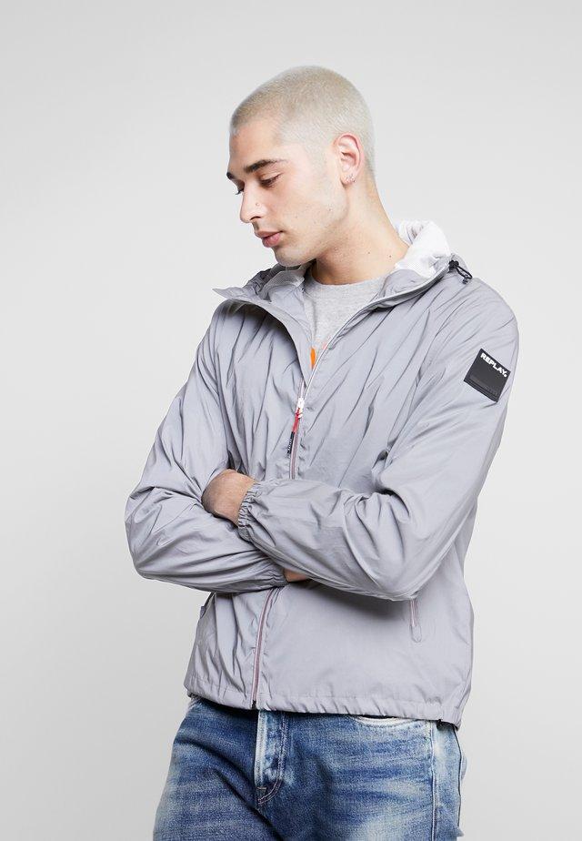 Leichte Jacke - reflective silver
