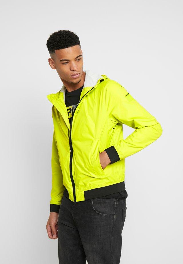Leichte Jacke - cedar yellow