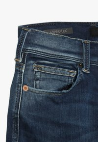 Replay - Denim shorts - medium blue - 2