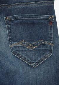 Replay - Denim shorts - medium blue - 3