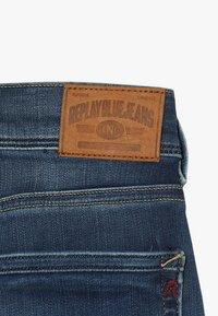 Replay - Denim shorts - medium blue - 5