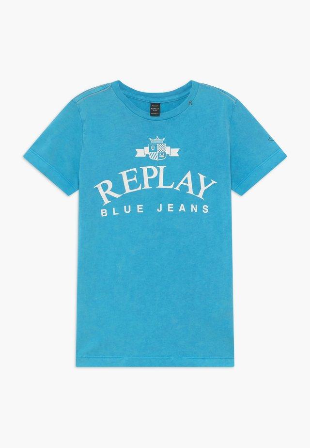 T-shirt con stampa - azure