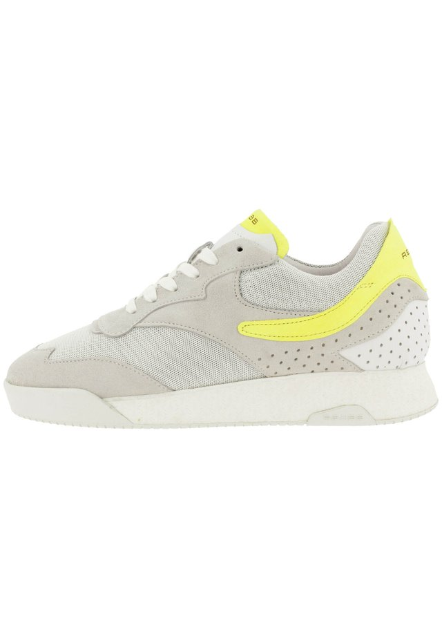 AVERY FLUO  - Sneakers laag - white