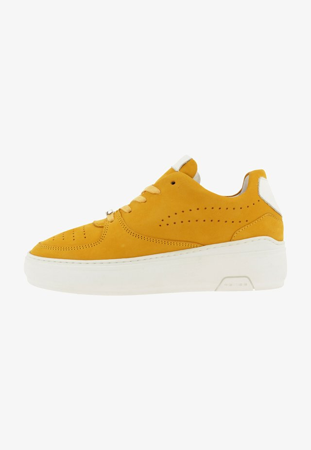 REHAB THORA II NUB SNEAKER WOMEN - Sneakers laag - yellow