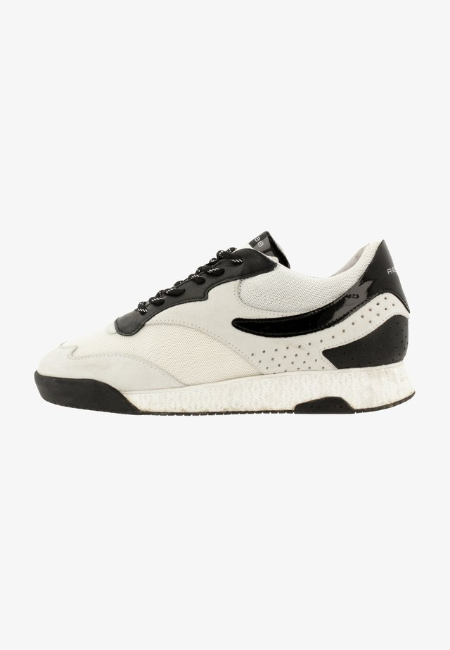 AVERY VNZ - Trainers - white