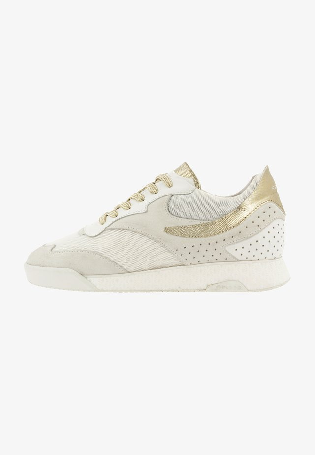 Trainers - white, gold