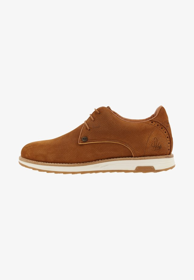 NOLAN NUB GEO - Sneakers laag - brown