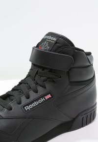 Reebok Classic - EX-O-FIT LEATHER SHOES - Höga sneakers - black - 5