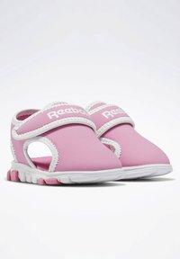 Reebok - WAVE GLIDER III SANDALS - Sandales de randonnée - pink - 4