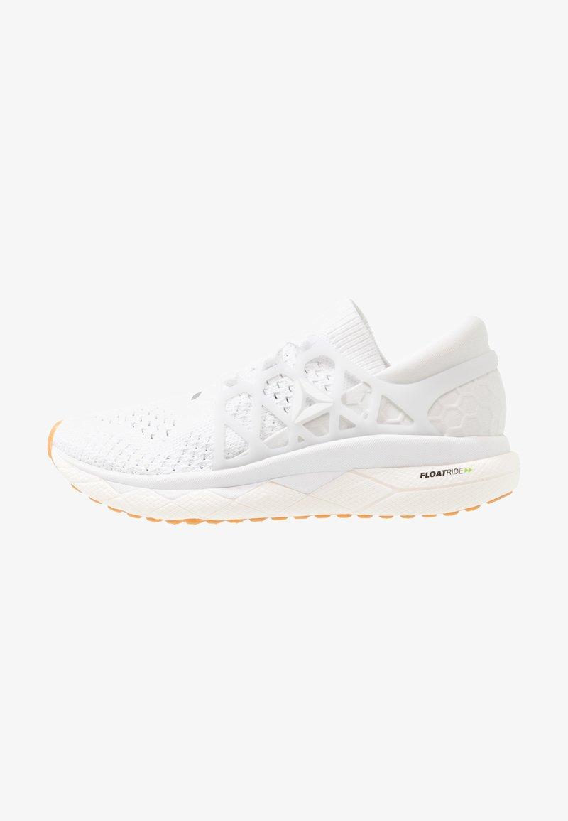 Reebok - FLOATRIDE RUN - Neutral running shoes - white/grey/black
