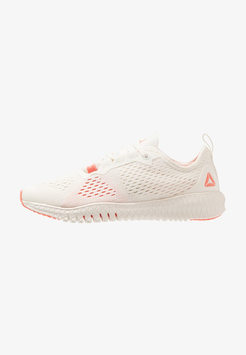Reebok - FLEXAGON - Trainings-/Fitnessschuh - chalk/stellar pink