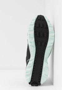Reebok - RIDGERIDER TRAIL 4.0 - Trail running shoes - black/greyemerald ice - 4