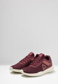 Reebok - FLEXAGON ENERGY TR - Sports shoes - lux maroon/rose dust/chalk - 2