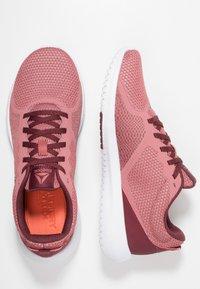 Reebok - REEBOK FLEXAGON FORCE - Sports shoes - rose/maroon/white - 1