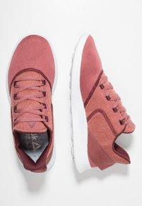 Reebok - EVAZURE DMX LITE 2.0 - Zapatillas para caminar - rose/maroon/white - 1