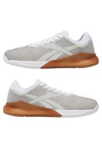 Reebok - NANO 9 - Sports shoes - white/grey - 9