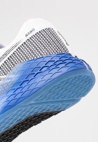 Reebok - NANO 9 - Sports shoes - white/black/blubla - 5