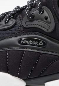 Reebok - SOLE FURY 00 - Sports shoes - black/white - 5