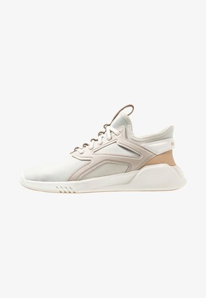 FREESTYLE MOTION  - Neutral running shoes - alabaster/chalk