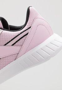 Reebok - LITE 2.0 - Obuwie do biegania startowe - pix pink/white/black - 5