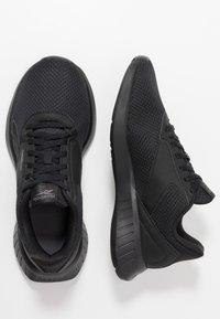 Reebok - LITE 2.0 - Zapatillas de competición - black/true grey - 1