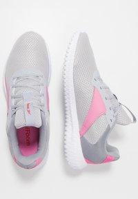Reebok - FLEXAGON ENERGY TR 2.0 - Zapatillas de entrenamiento - cold shade/cold grey/posh pink - 1