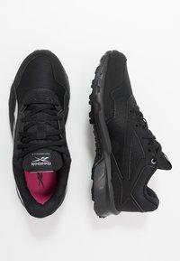 Reebok - RIDGERIDER 5.0 - Zapatillas de running neutras - black/steel grey/solar pink - 1