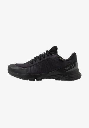 ASTRORIDE TRAIL GTX 2.0 - Běžecké boty do terénu - black