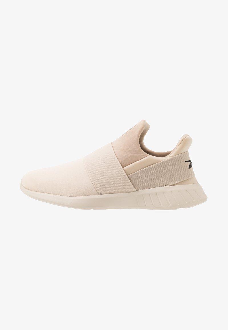 Reebok - LITE SLIP ON - Chaussures de running neutres - stucco/modern beige/black