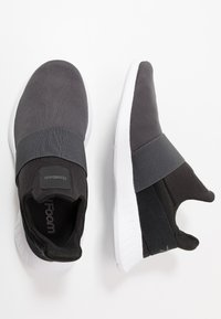 Reebok - LITE SLIP ON - Neutrální běžecké boty - cold grey/black/white - 1