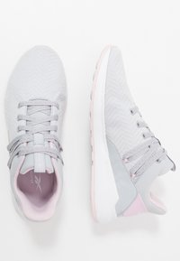 Reebok - EVER ROAD DMX 2.0 - Zapatillas para caminar - grey/pink/white - 1