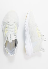 Reebok - REEBOK FLEXAGON 3.0 - Sports shoes - trace grey/lemon glow/white - 1