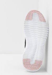 Reebok - REEBOK FLEXAGON 3.0 - Sports shoes - black/pix pink/white - 4