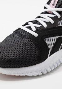Reebok - REEBOK FLEXAGON 3.0 - Sports shoes - black/pix pink/white - 5