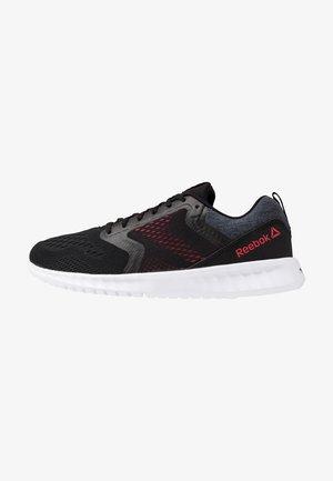SUBLITE PRIME - Neutrální běžecké boty - black/true grey/hype pink