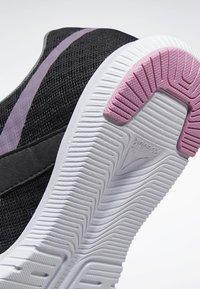 Reebok - REEBOK REAGO ESSENTIAL 2.0 SHOES - Chaussures d'entraînement et de fitness - black - 9
