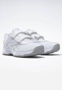 Reebok - WORK N CUSHION 4.0 SHOES - Walking shoes - white - 2