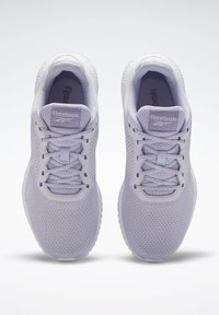 Reebok - REEBOK FLEXAGON ENERGY TR 2.0 SHOES - Sneakersy niskie - lilac frost - 1